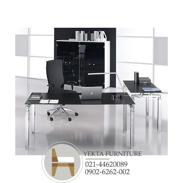 میز مدیریت شیشه ای
